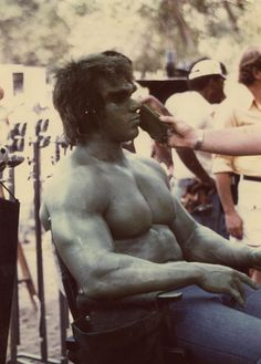 Collection of behind-the-scenes photos of Bill Bixby and Lou Ferrigno from The Incredible Hulk Marvel Comics Superheroes, Marvel Actors, Marvel Characters, Hulk Avengers, Hulk Marvel, Space Ghost, The Incredible Hulk 1978, Hulk Movie, Hero Tv