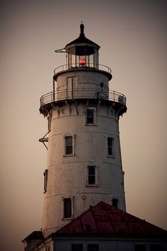 Chicago Harbor Lighthouse ~ Photography by Βrandon on Flickr.