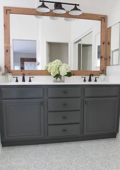 THIS is how to refinish yours for professional results How To Refinish Bathroom Cabinets & DIY & Domestic Blonde Source by. The post How To Refinish Bathroom Cabinets Bathroom Renos, Bathroom Flooring, Bathroom Furniture, Bathroom Ideas, Bathroom Makeovers, Shower Bathroom, How To Update A Bathroom, Painting Tile Bathroom Floor, Bathroom Storage