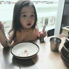 Kids C, Cute Kids, Kids Girls, Baby Kids, Cute Baby Boy, Cute Little Baby, Cute Babies, Korean Babies, Asian Babies
