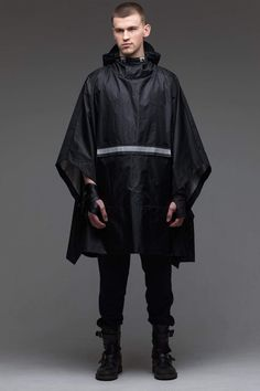 Offering the latest mens urban hoodies and streetwear for men. Discover more men's post apocalyptic clothing by urban apparel store clothing⎜Worldwide delivery⎜Top Quality Poncho Raincoat, Rain Poncho, Hooded Poncho, Hooded Raincoat, Black Poncho, Black Turtleneck, Urban People, Cyberpunk Fashion, Urban Outfits