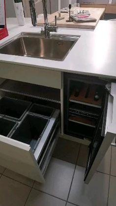 Kitchen Sink Diy, Kitchen Pantry Design, Modern Kitchen Design, Kitchen Layout, Interior Design Kitchen, Kitchen Remodel, New Kitchen Inspiration, Kitchen Storage Solutions, Kitchens