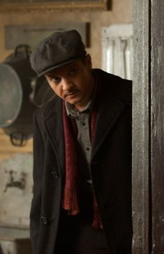Jeremy Renner in The Immigrant