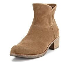 $186, Tan Suede Ankle Boots: UGG Australia Darling Suede Ankle Boots. Sold by Very.co.uk. Click for more info: https://lookastic.com/women/shop_items/95185/redirect