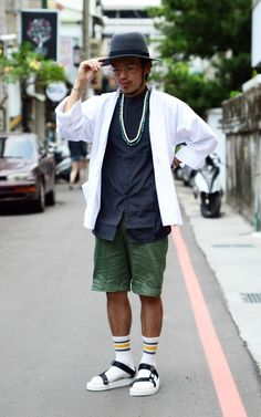 New Fashion, High Fashion, Brick In The Wall, Street Look, Asian Style, Men's Style, Street Styles, Kimono, Survival