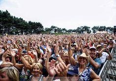 monkeypress.de - sharing is caring! Den kompletten Beitrag findet man hier:  NOSTALGIE BEACH FESTIVAL 2015  http://monkeypress.de/?p=3005