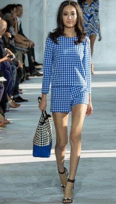8104517ff9d1 collezione-vestiti-anni-50-donna-abito-tubino-quadri-bonprix