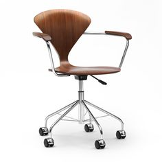 Switch Modern is pleased to offer the exceptional Task Chair with Arms manufactured by Cherner Chair. We're pleased to offer no sales tax* and our price match guarantee.