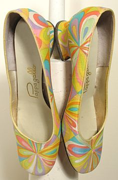 Vintage 1960s Happy Psychedelic Print Pumps by Pappagallo Sz 7M                                                                                                                                                                                 More