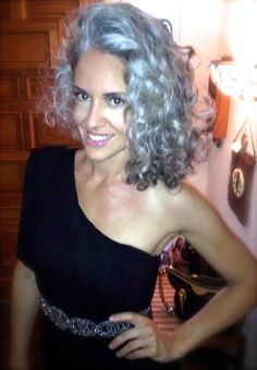 Sara Davis-Eisenman gray hair silver hair