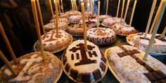 What to eat in Romania? Best from Romanian Cuisine - Food you should try Funeral Food, Crab Salad, Romanian Food, Cabbage Rolls, High Tea, Tea Pots, Deserts, Sweets, Dishes