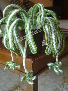 pollice verde…anzi sempre verde…con una pianta all'uncinetto | Adacreativa