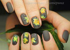50 elegant fall nail art designs that will beautify your look page 1 Xmas Nail Art, Xmas Nails, Get Nails, Hair And Nails, New Nail Art Design, Fall Nail Art Designs, Cool Nail Designs, Chevron Nail Art, Seasonal Nails