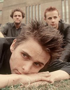 Muse (*-*)