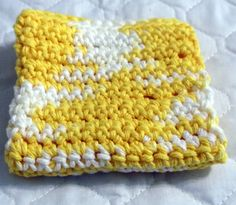 Crochet Dish Cloth Hot Pad Daisy Ombre by kalliescotton on Etsy, $4.00