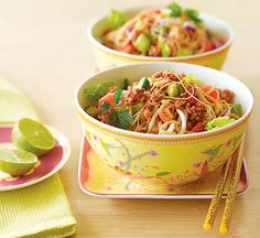 Healthy Recipes: Thousands of perfect meals from Healthy Food Guide Healthy Summer Recipes, Healthy Salads, Healthy Eating, Healthy Food, Clean Eating, Thai Noodle Salad, Thai Noodles, Pork Mince, Chopped Salad