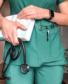 Medical Students, Medical School, Nursing Students, Pharmacy School, Nursing School Motivation, Student Motivation, Nurse Aesthetic, My Future Job, Medical Wallpaper