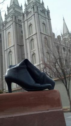 "Salt Lake LDS Temple  - MormonFavorites.com  ""I cannot believe how many LDS resources I found... It's about time someone thought of this!""   - MormonFavorites.com  We love Temples at: www.MormonFavorites.com"