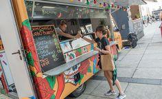 4 food (truck) festivals die je deze zomer zeker moet uitproberen! http://www.summervibe.be/gastronomie/frietkot-maakt-plaats-voor-hippe-keuken-op-wielen#.VZE5CnudDgI
