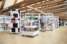 Labyrinth Display Furniture is made up of eye-catching units in a tower-shape concept, moveable on wheels.