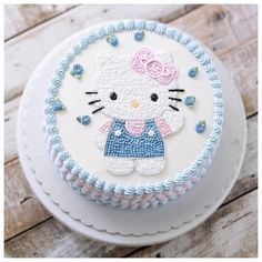 """Another cute buttercream Hello Kitty cake - need room on top for """"Happy Birthday"""" and """"Coral"""" on bottom"""