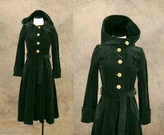 vintage Velvet Coat Green Velvet Hooded Coat by jessamity Vintage Coat, Vintage 70s, Green Coat, Green Velvet, Steampunk Fashion, Handmade Clothes, Flare Skirt, Workout Tops, My Style