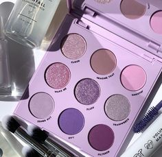 Lilac You A Lot Shadow Palette - Famous Last Words Violet Aesthetic, Lavender Aesthetic, Aesthetic Colors, Aesthetic Makeup, Pastel Purple, Shades Of Purple, Palette Violette, Mode Purple, Purple Palette