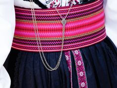 Folk Costume, Costumes, Tablet Weaving, Traditional Dresses, Norway, Silver, Fashion, Hipster Stuff, Moda