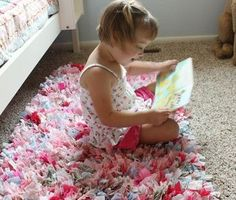 This Handmade Rag Rug is a great 'No Sew' Pattern you'll enjoy making! You'll also love the Crochet Rag Rug!