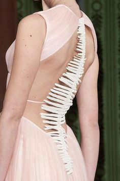 Organic sea life inspired evening dress with 3D spine detail; haute couture fashion close up // Oscar Carvallo Spring 2013