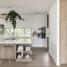 """We love this kitchen by the incredibly talented team at 🖤 Z+S Tip """"When opting for white custom 2 pac cabinetry in our… Beach Kitchen Decor, Beach House Kitchens, Home Kitchens, Modern Kitchens, Modern Kitchen Design, Interior Design Kitchen, Stone Interior, Interior Modern, Cuisines Design"""