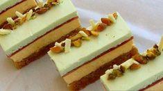 Kriške od pistacija sa mousse-om od zelenog čaja i vanilije — Coolinarika Individual Cakes, Phyllo Dough, Czech Recipes, Cake Bars, Pastry Cake, Pavlova, Sweet And Salty, Sweet Recipes, Baking Recipes
