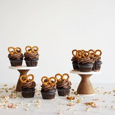 Mini Pretzel chocolate cupcakes. All of the win. Feat some wee pretzel sprinkles I made a while back :)