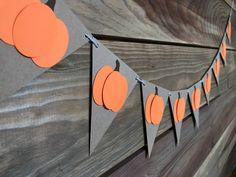Pumpkin Garland - Pumpkin Banner - Thanksgiving Banner - Autumn Banner - Halloween Banner - Pumpkin Fall Festival Decorations, Halloween Classroom Decorations, Halloween Banner, Fall Halloween, Halloween Crafts, Fall Garland, Fall Banner, Diy Banner, Diy Garland