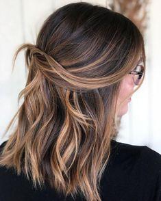 Shoulder length brunette balayage