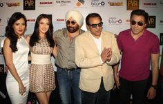 The star cast of film `Yamla Pagla Deewana 2` at a press conference for their film, in New Delhi... Check out YPD 2 movie photos... http://movies.buzzintown.com/yamla-pagla-deewana-2/pid--404431/show--photos/startwith--0/id--698155.html
