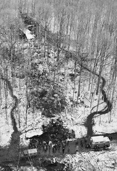 VIRGINIA 1 December 1974 - TWA Flight 514 crashed into Mount Weather during descent to Dulles International.