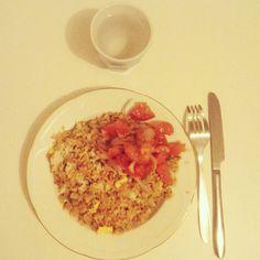 Riz cantonais et rougail de tomate fait maison ce soir. #rizcantonais #rougail #créole #lébon #iledelareunion #974 de leblogdejoh