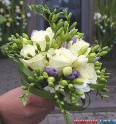 Роскошь фрезии украсит невесты наряд, у цветов изысканный и тонкий аромат - Ароматное украшение – очаровательный и прелестный букет для прекрасной невесты - Форум-Град
