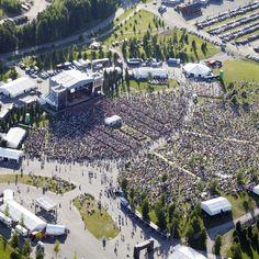 Pori Jazz Festival - a crowd gathering to listen some good music. photo: Matti Juutilainen