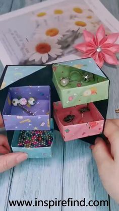 Tips for paper jewelry storage box!😀 Tips for paper jewelry storage box!😀 ,box This is a very useful origamin project. Diy Crafts Hacks, Diy Crafts For Gifts, Diy Arts And Crafts, Creative Crafts, Fun Crafts, Craft Tutorials, Wood Crafts, Diy Projects, Paper Crafts Origami