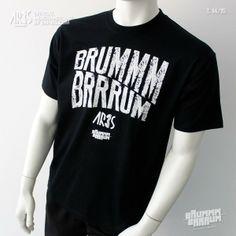 Camiseta Black BRUMMM BRRRUM 14-15 (Parte delantera) Mens Tops, T Shirt, Fashion, Self Branding, T Shirts, Supreme T Shirt, Moda, Tee Shirt, Fashion Styles