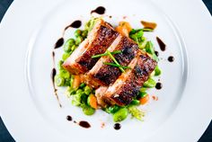 Yuzu pork belly - David Chang's recipe on how to cook Pork belly from Zen Can… Entree Recipes, Asian Recipes, Gourmet Recipes, Cooking Recipes, Hawaiian Recipes, Sushi Recipes, Gourmet Foods, Gourmet Desserts, Plated Desserts