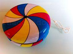 yo-yo de hojalata. paris/ tin yo-yo. paris