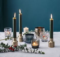 Add a musky winter fragrance, reminiscent of pine needles with hints of black pepper and citrus. Christmas Crafts, Christmas Decorations, Glass Votive Candle Holders, Christmas Inspiration, Scented Candles, Pine Needles, Pepper, Fragrance, Winter