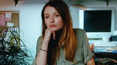 Emily Browning Warbles In First Teaser For Alex Ross Perry's GOLDEN EXITS http://www.themoviewaffler.com/2017/01/emily-browning-warbles-in-first-teaser.html
