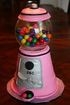 One of the best gumball machine cakes I have seen.  I can't wait for the Little Guy to turn 5.