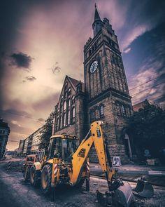 Rekonstrukce Českobratrské #repair #city #citycenter #downtown #church #dig #excavator #sunset #sunsetlovers #summer #machine #ostrava #ostravacity #janjasiok