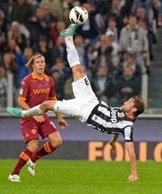 Juventus-Roma Claudio Marchisio, Juventus Soccer, Juventus Fc, Liga Soccer, Soccer News, As Roma, Old Women, Ronaldo, Dna
