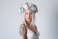 Handmade flower crown made by Carbickova Bijoux. www.CarbickovaBijoux.etsy.com <3